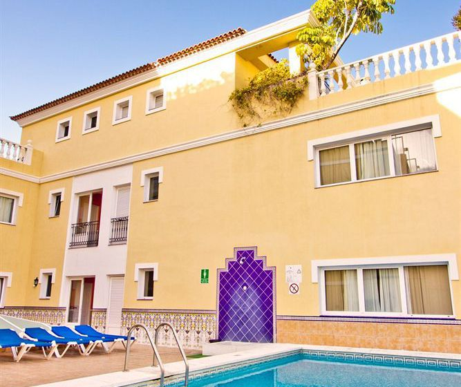 Apartamentos RF Bambi - Adults Only